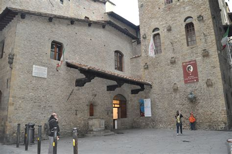 A free, self-guided walking tour of Florence